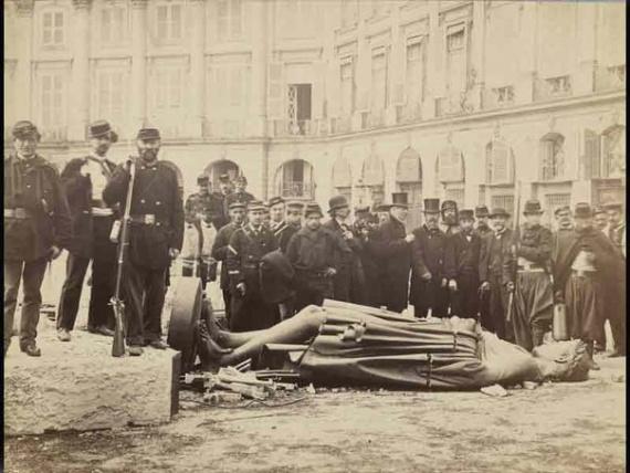 Дьявол Мефистофель. Вандамская колонна. Май 1871 год